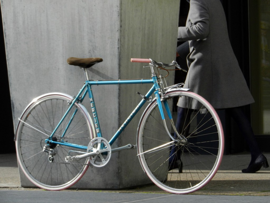 mercier blue 02