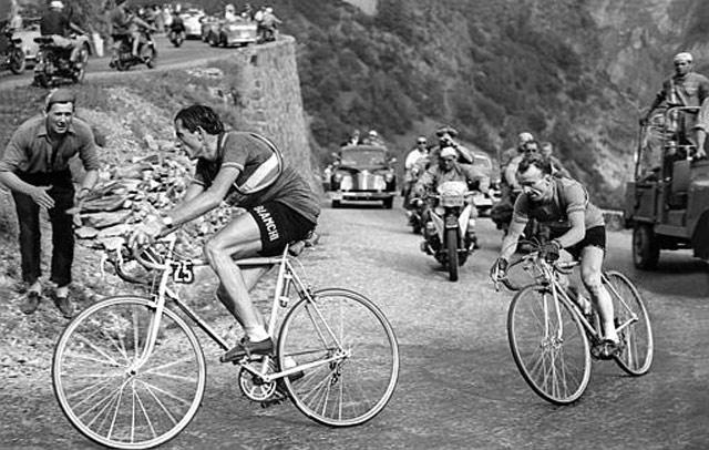 Alpe-d-Huez-Fausto-Coppi-Tour-De-France-1952